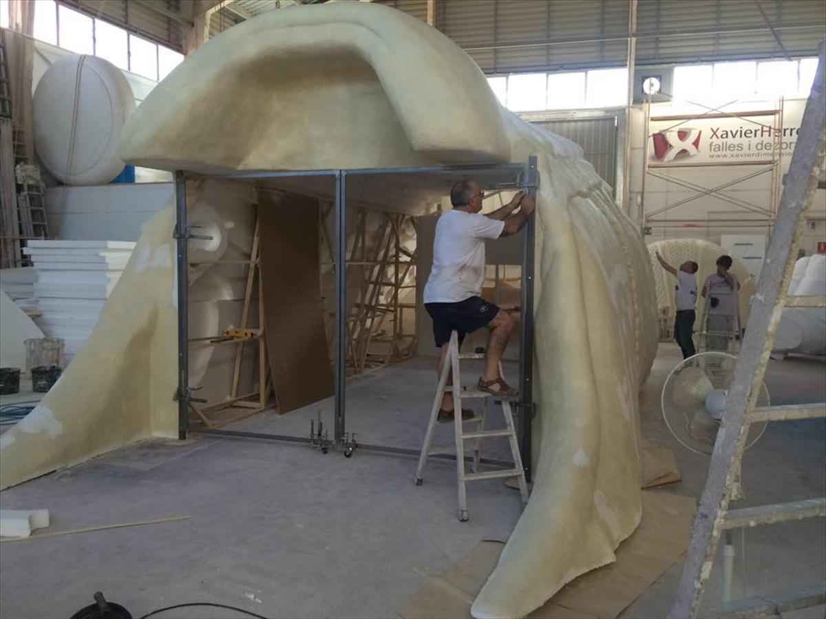 El taller de Xavier Herrero trabaja en la zapatilla Adidas